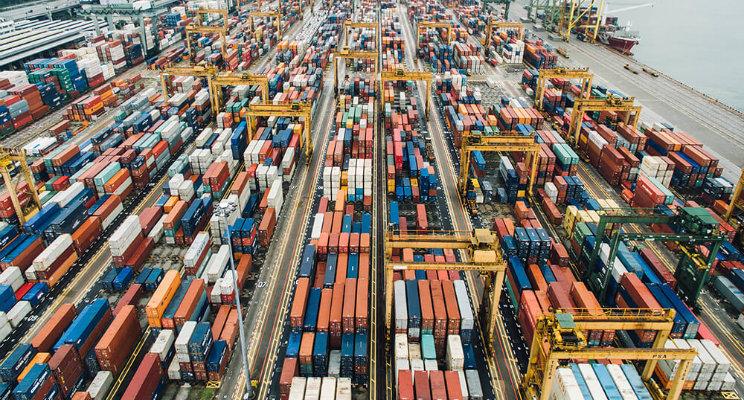beneficios-de-estudiar-la-carrera-de-comercio-internacional